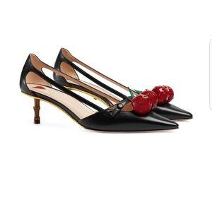 GUCCI Cherry Pump shoes